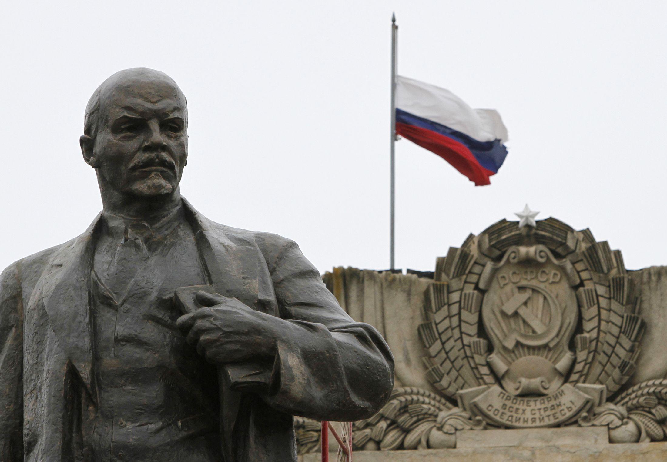Russian Support for Vladimir Lenin Peaks Ahead of ...
