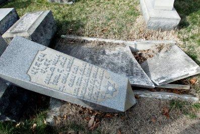 4-24-17 Philadelphia Jewish Cemetery