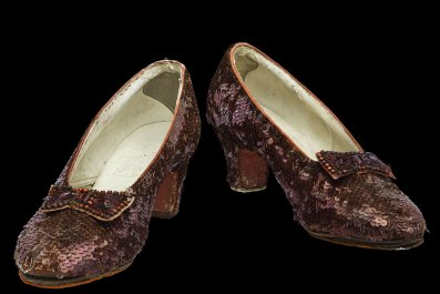 04_24_Smithsonian_ruby_slippers
