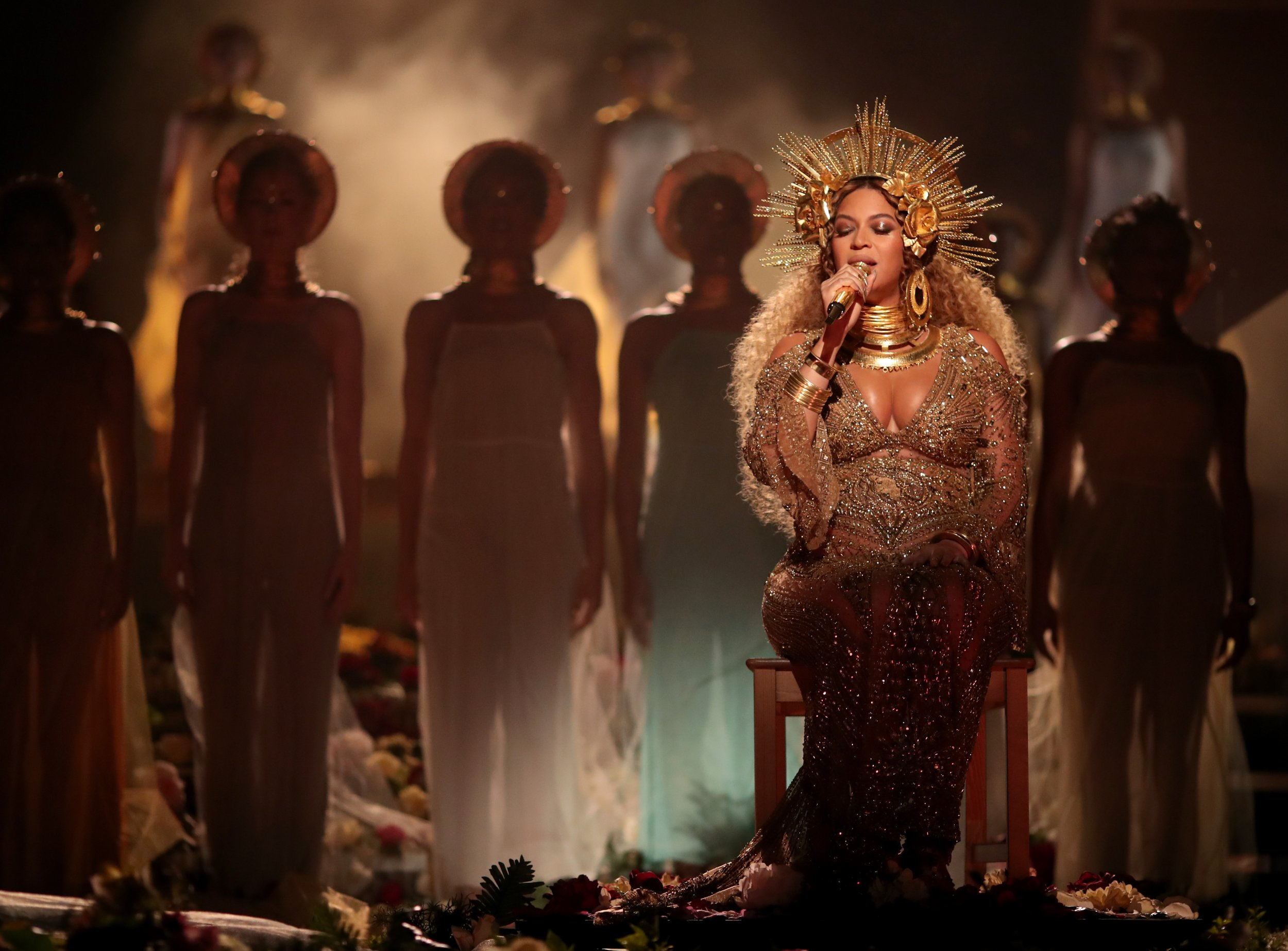 Beyonce performs at the Grammys