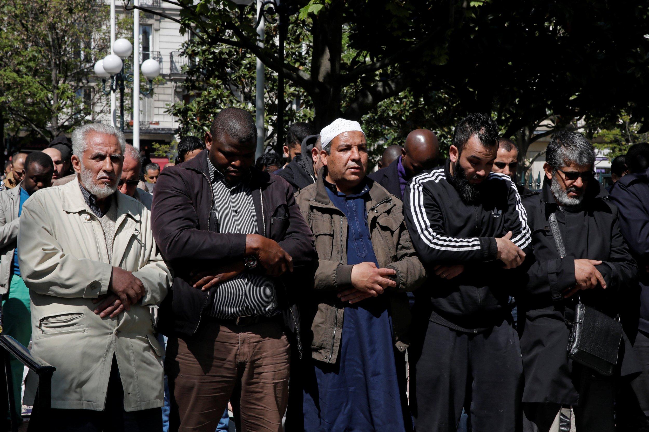 muslim_discrimination_europe_0426
