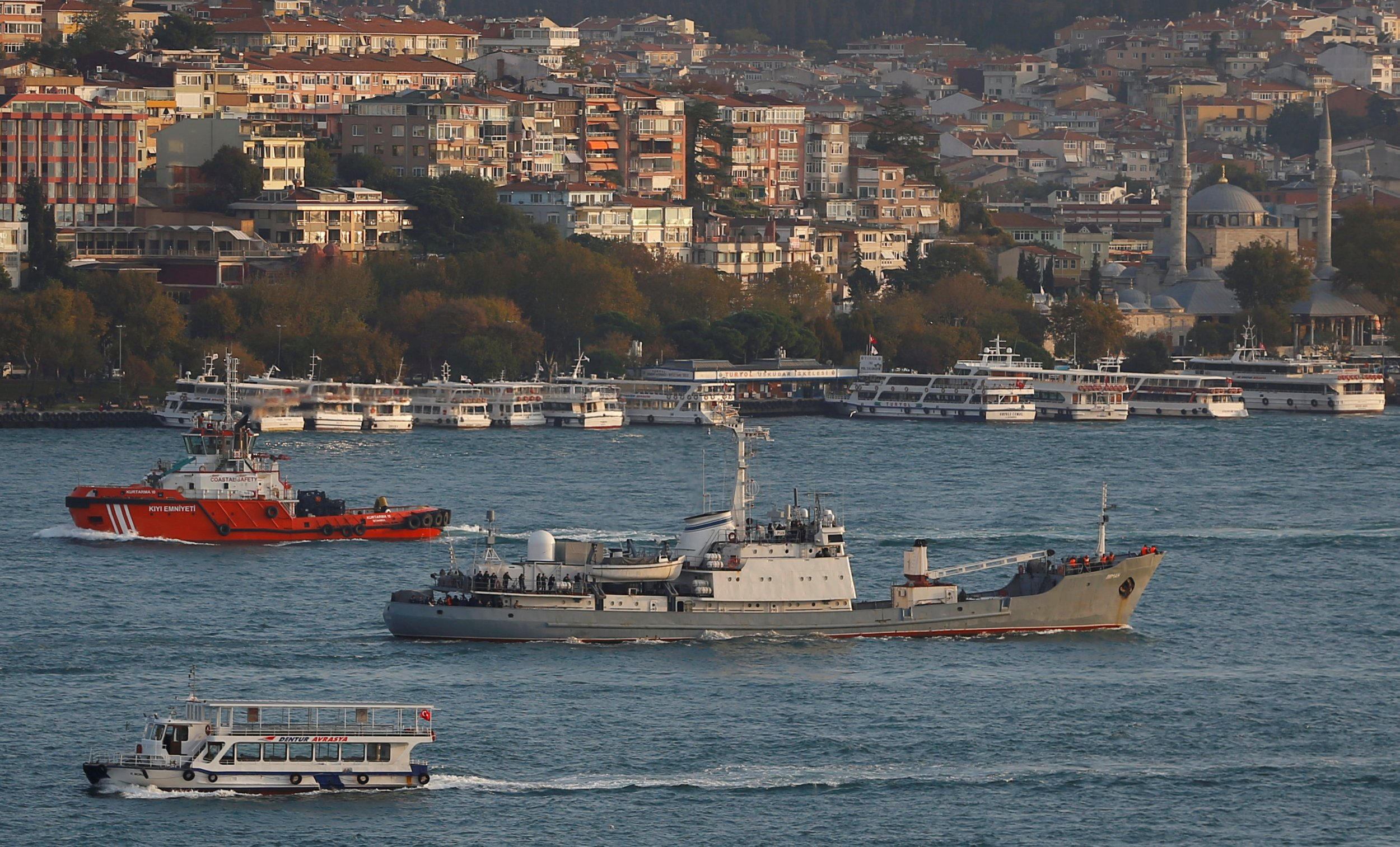 Russian navy ship in Turkey