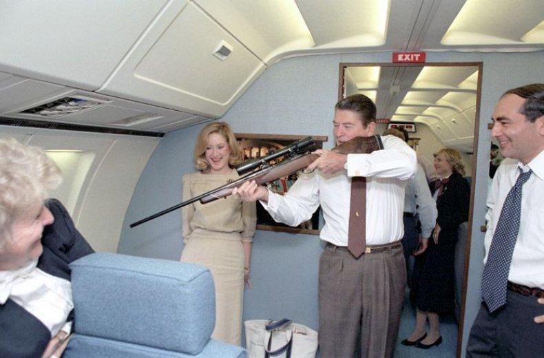 0427_Ronald_Reagan_rifle_01