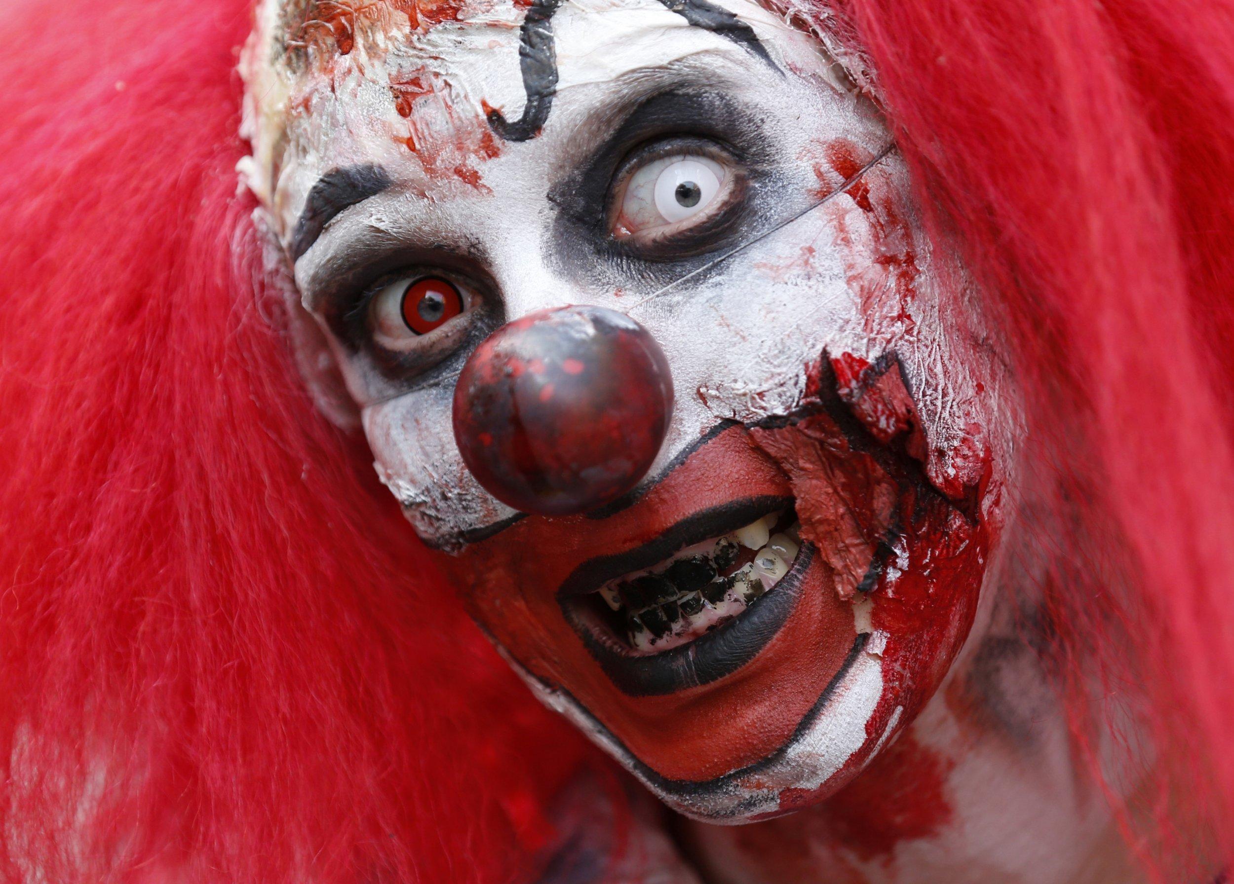 spooky halloween eye makeup