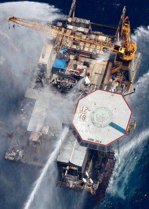 oil-rig-explosion-explainer-joel-vertical