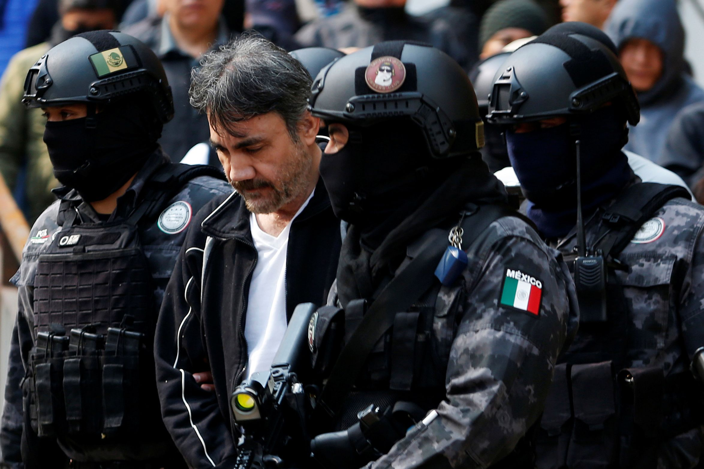 mexican soldiers arrest  u2018el chapo u2019 guzman u2019s former right