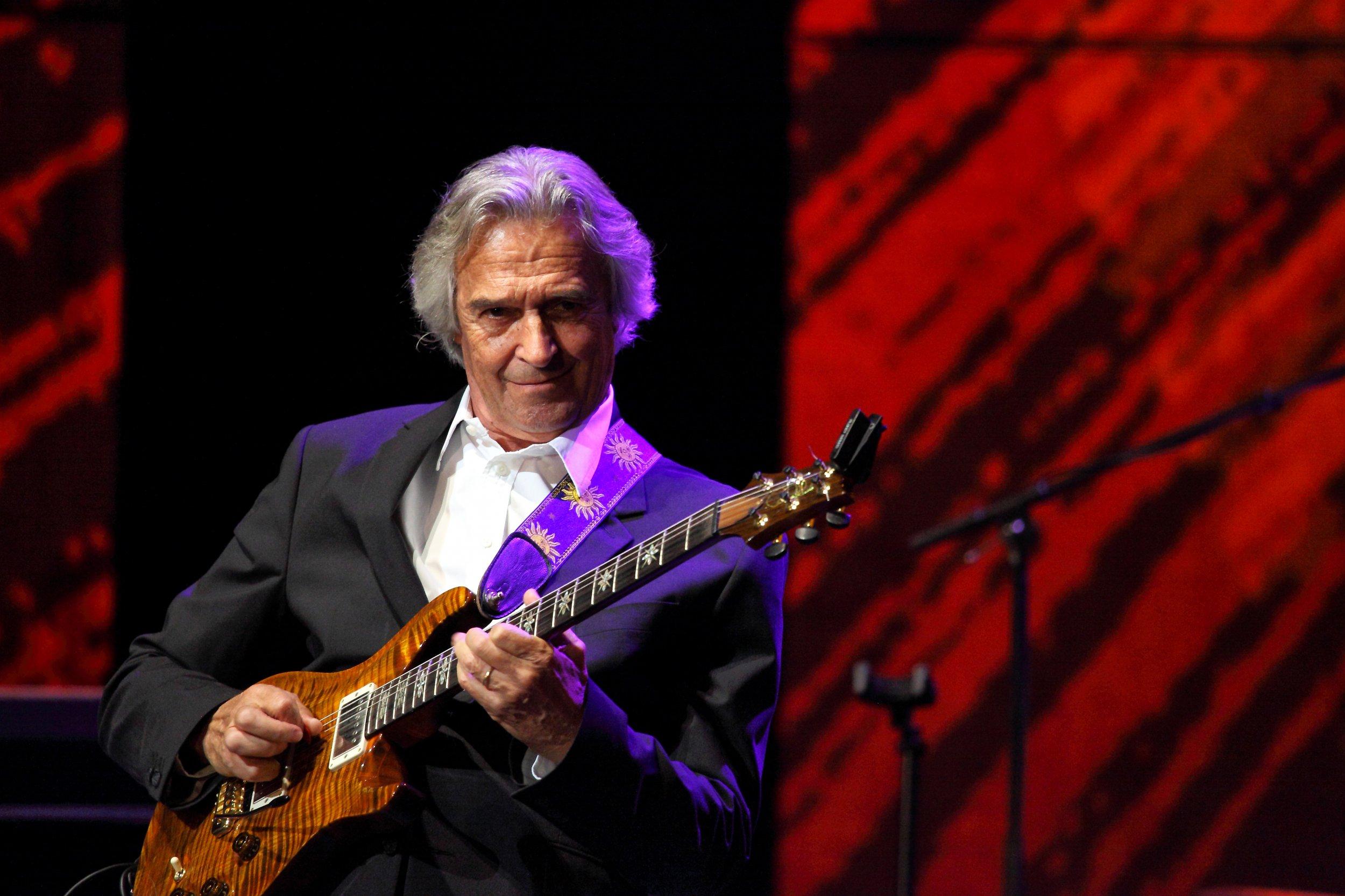 Guitarist John McLaughlin Talks Mahavishnu, Miles Davis, Jimi ...