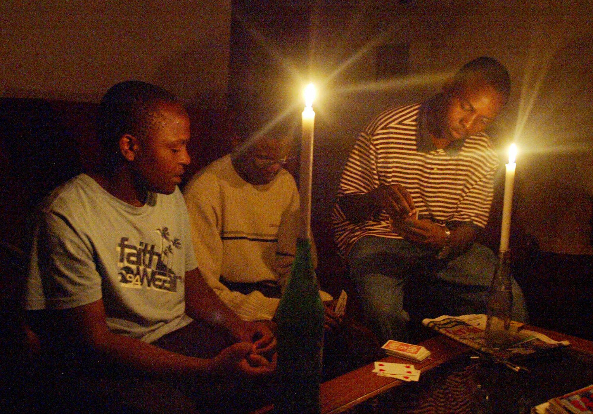 Zimbabwe family candelight