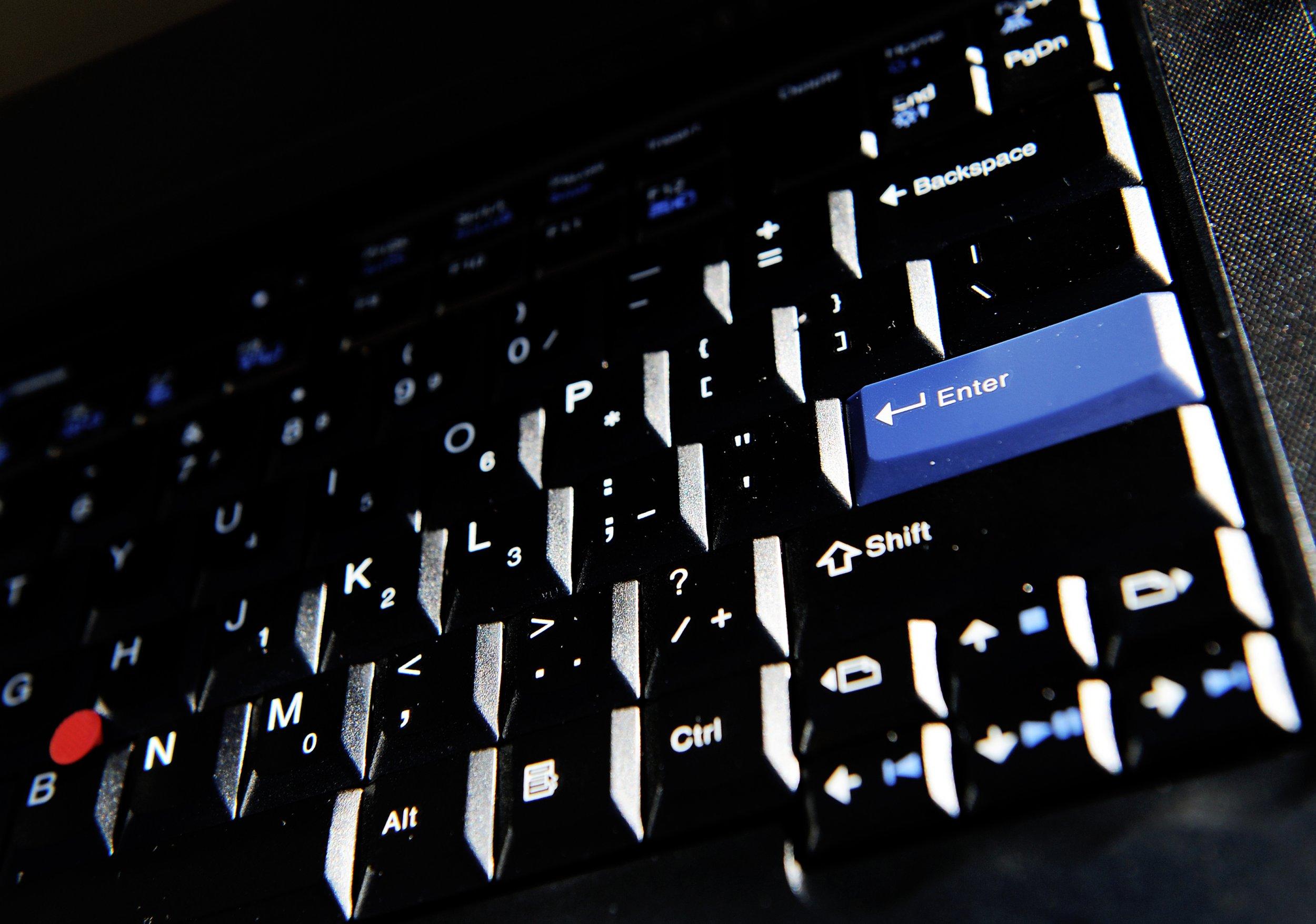 08_05_computer keyboard