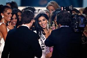 miss-usa-rima-fakih-330-vertical