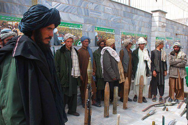 tease-afghan-taliban-turmoi