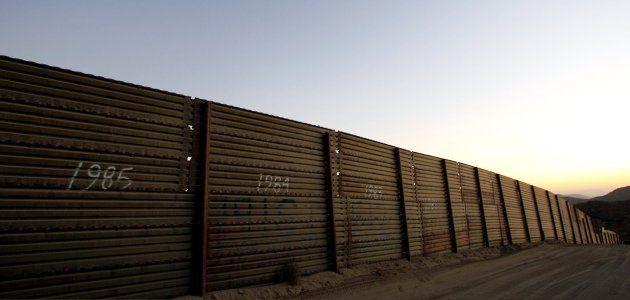 immigration-arizone-fe09-wide