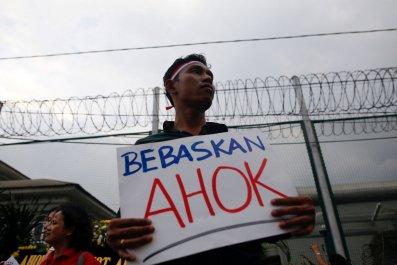 Man protesting Ahok