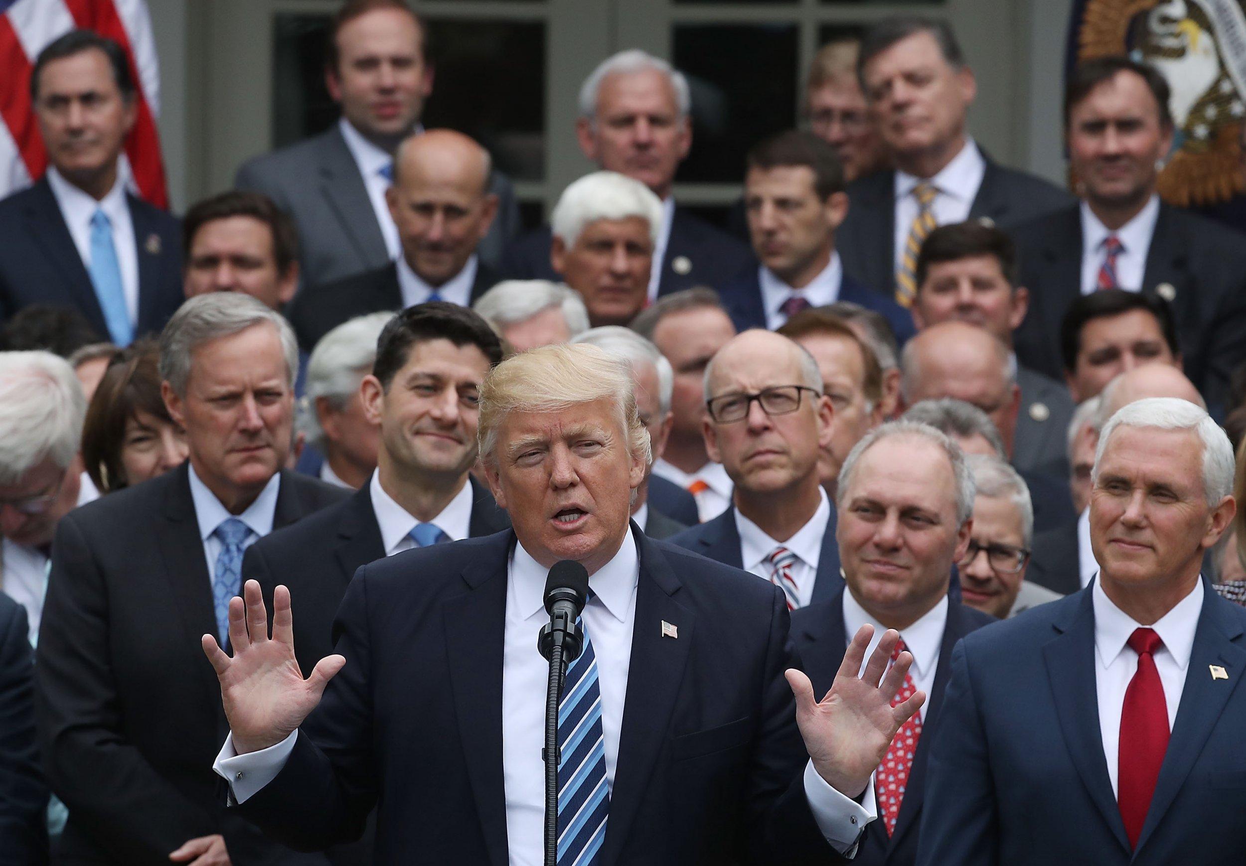 05_14_Trump_Chaos_01
