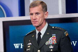 mcchrystal-obama-thomas-hsmall