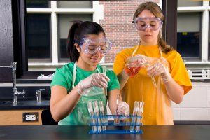girls-science-hsmall
