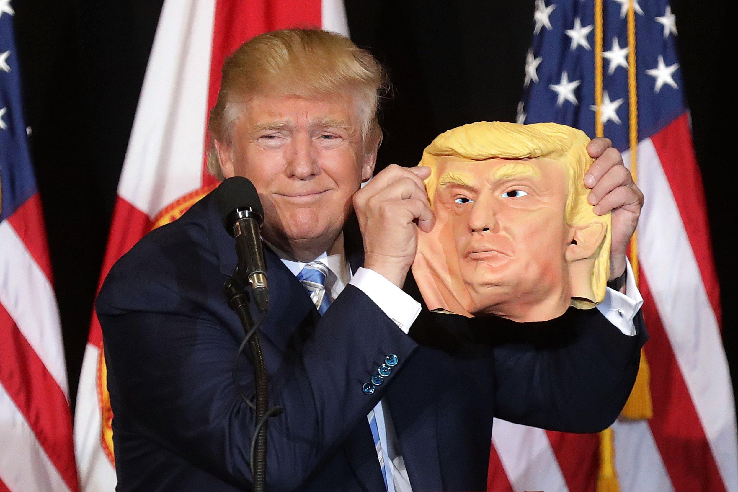 05_21_Neil_Trump_01