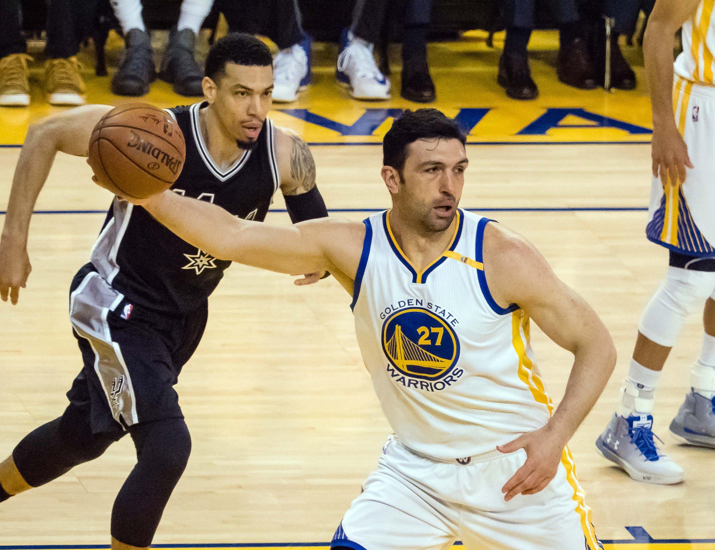 Golden State Warriors center Zaza Pachulia, front right.