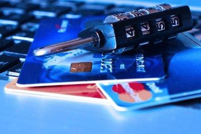 padlock-bank-cards