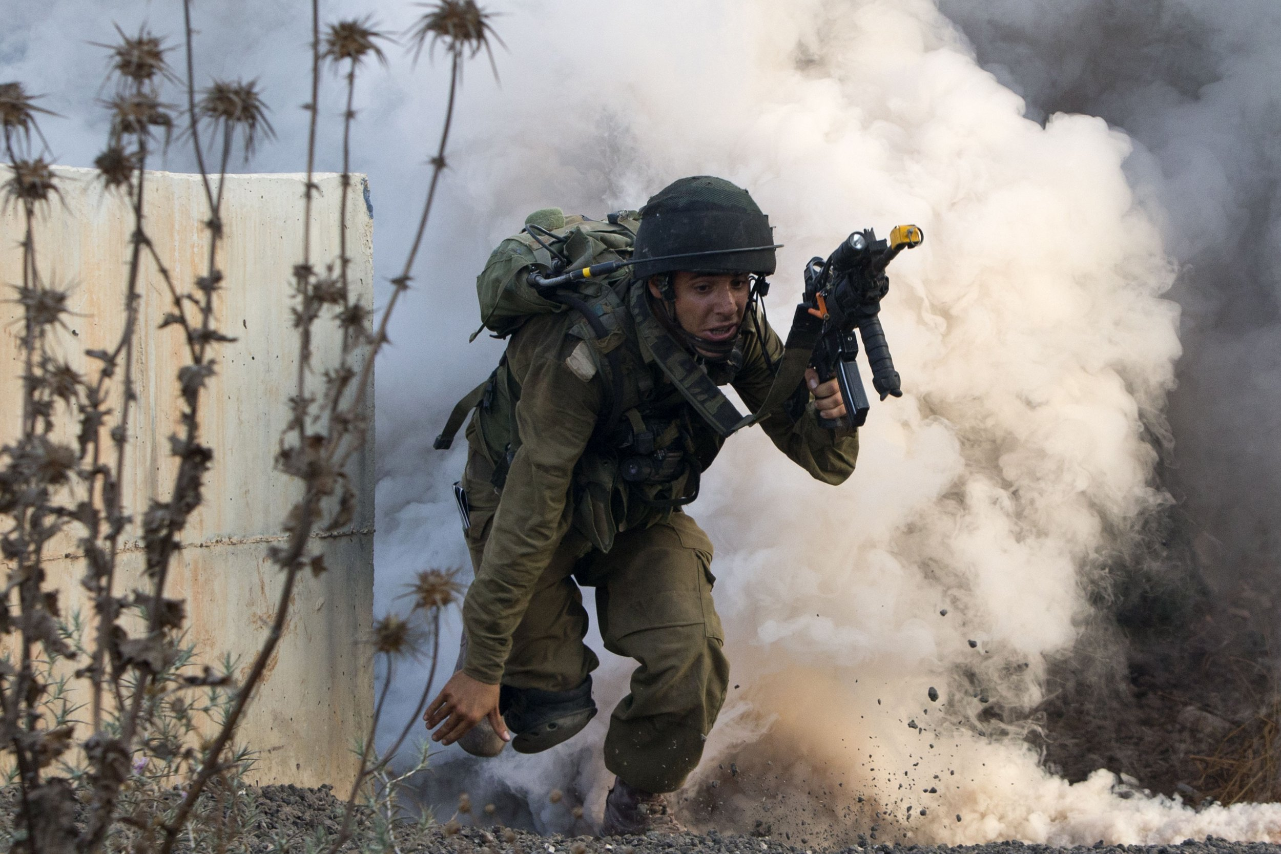 Israeli infantry simulating combat with Hezbollah