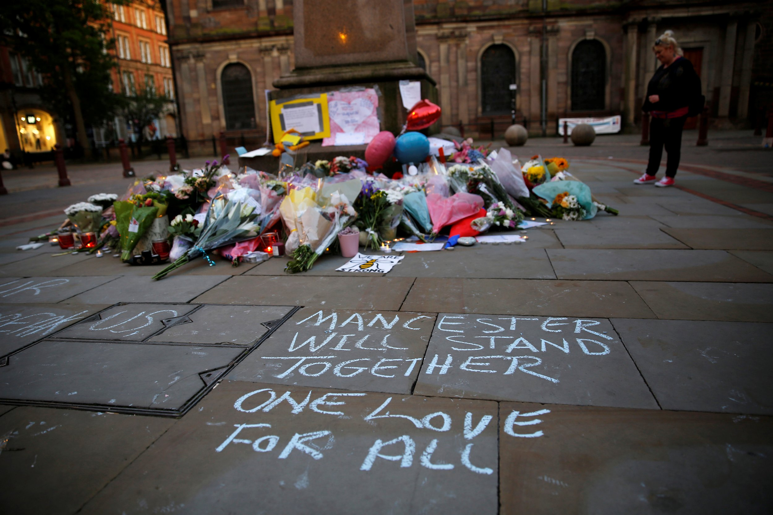 Manchester Bombing The Latest On The Ariana Grande