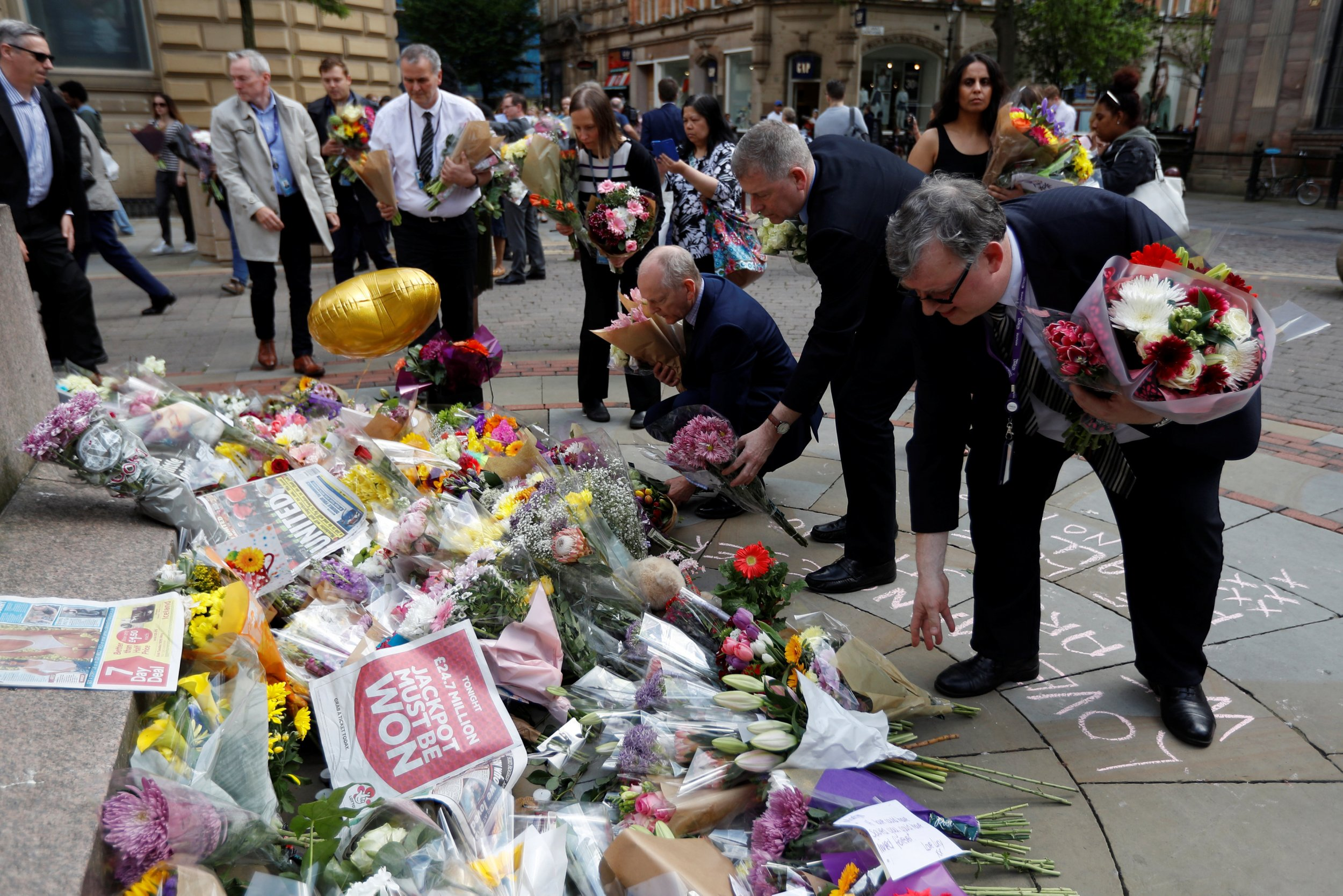 manchester_bombing_network_0523