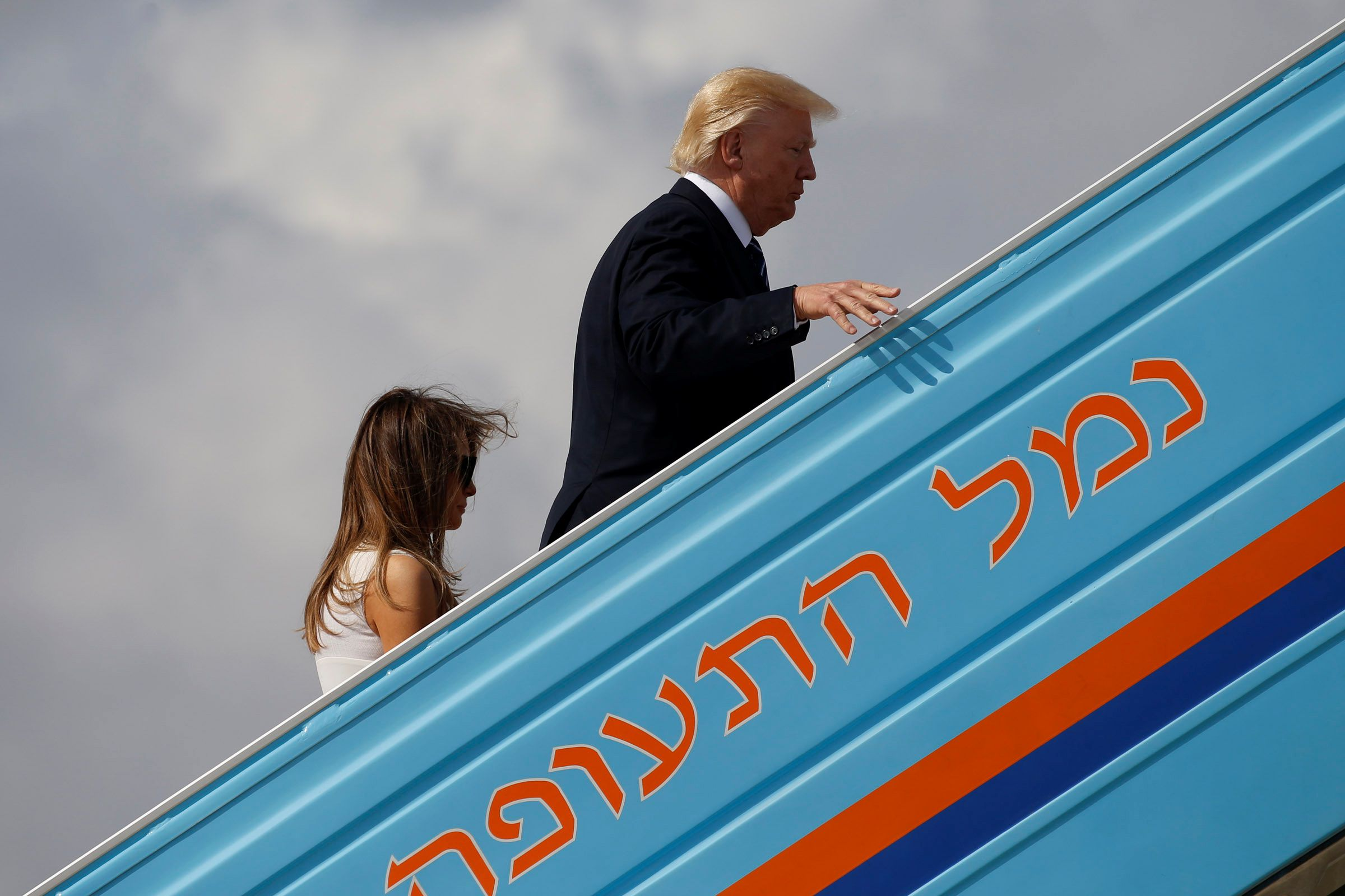 0524_Trump_trip_photos_08