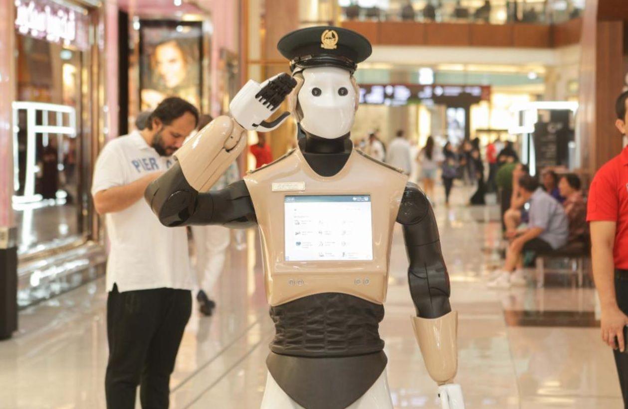 robot cop dubai police robocop