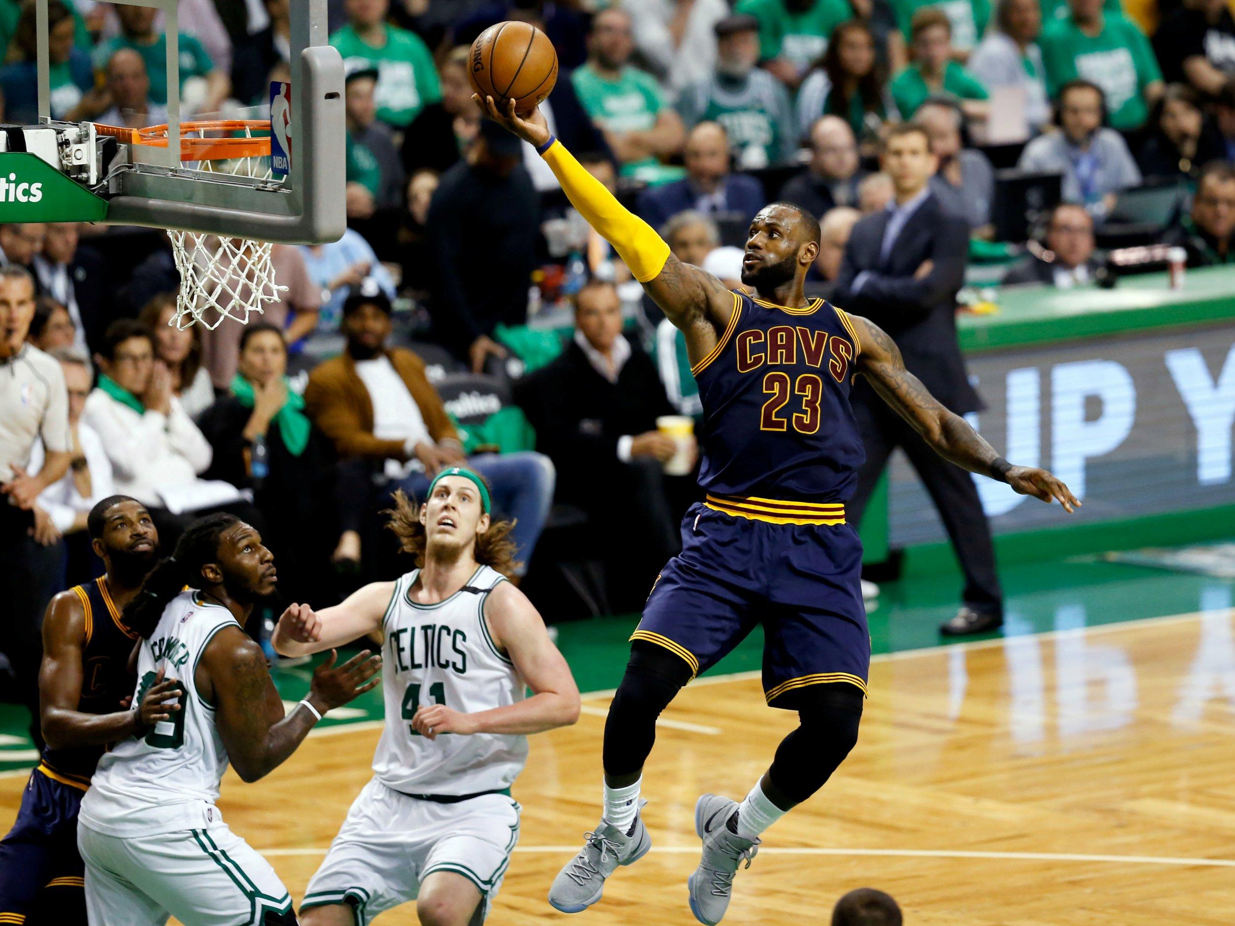 NBA Playoffs 2017: LeBron James Passes Michael Jordan to Become Playoff Scoring Leader