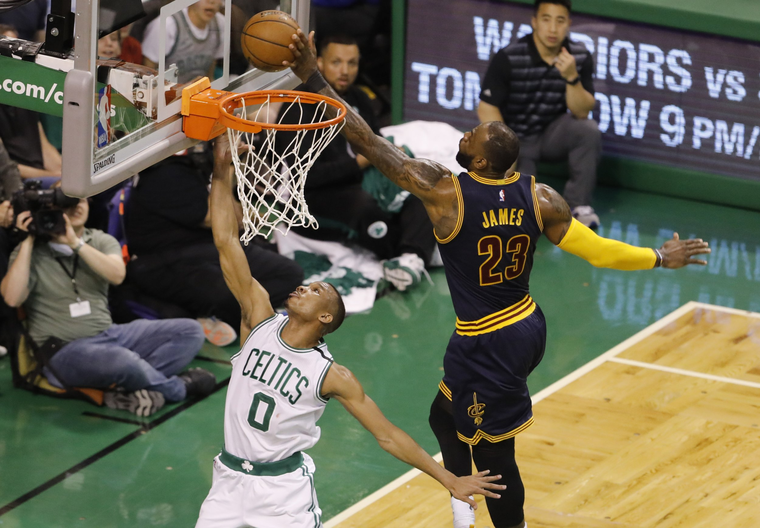 70e294fe09fec4 Michael Jordan vs. LeBron Is the Avocado Toast Argument for Sports