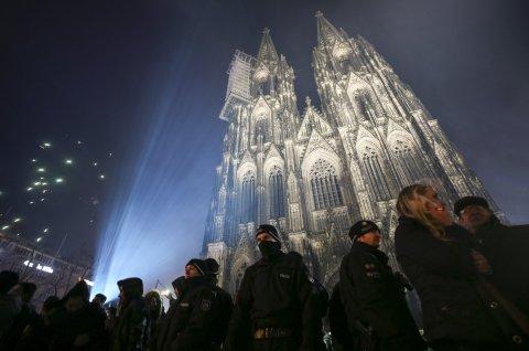06_09_GermanyFakeNews_02