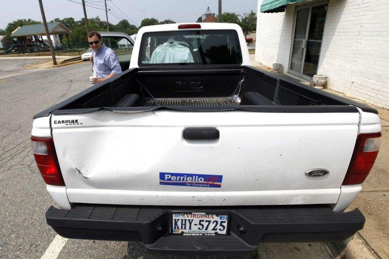 campaign-truck-perriello
