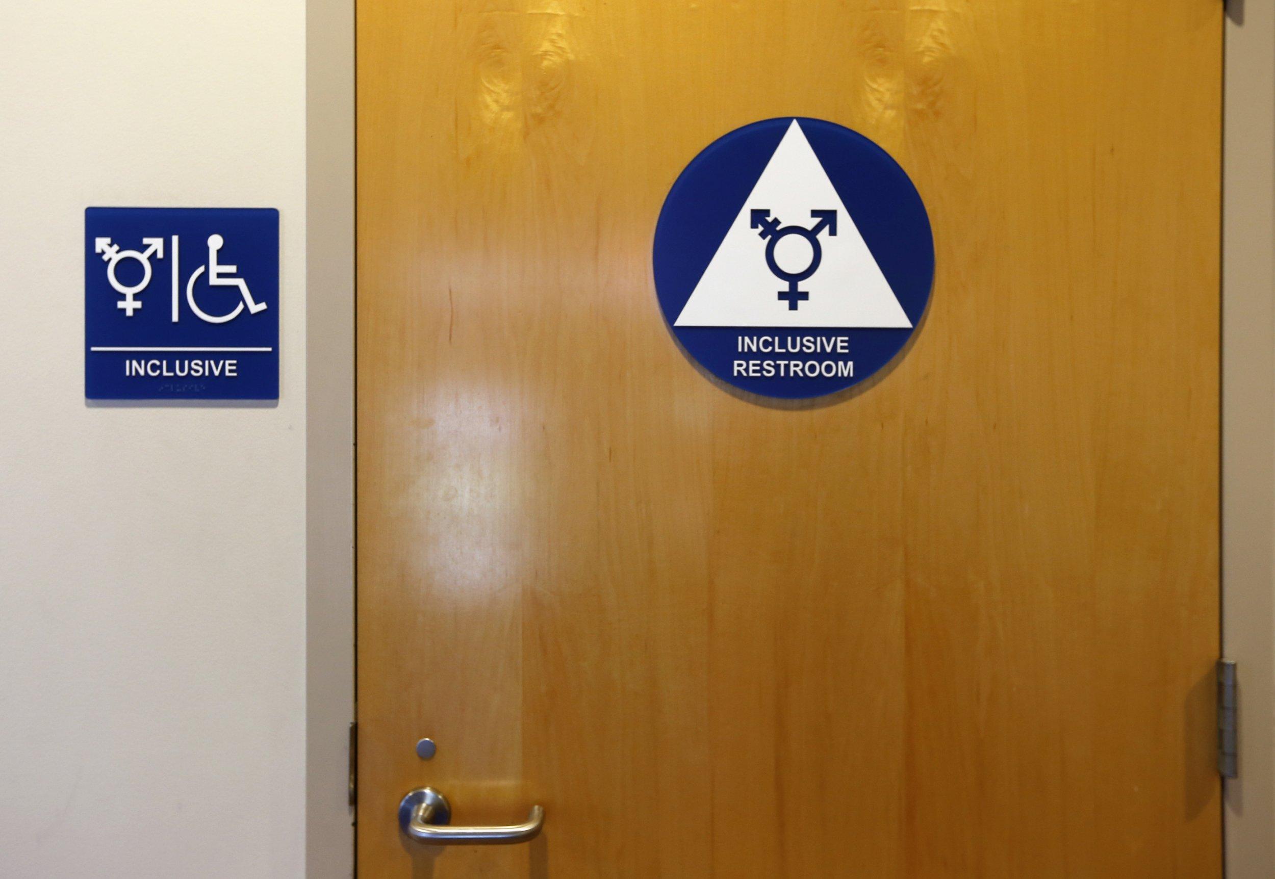 Enjoyable Transgender Bathroom Debate Court Backs Wisconsin Teens Interior Design Ideas Gentotthenellocom
