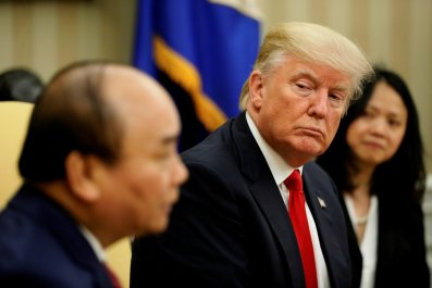 Trump and Nguyen Xuan Phuc