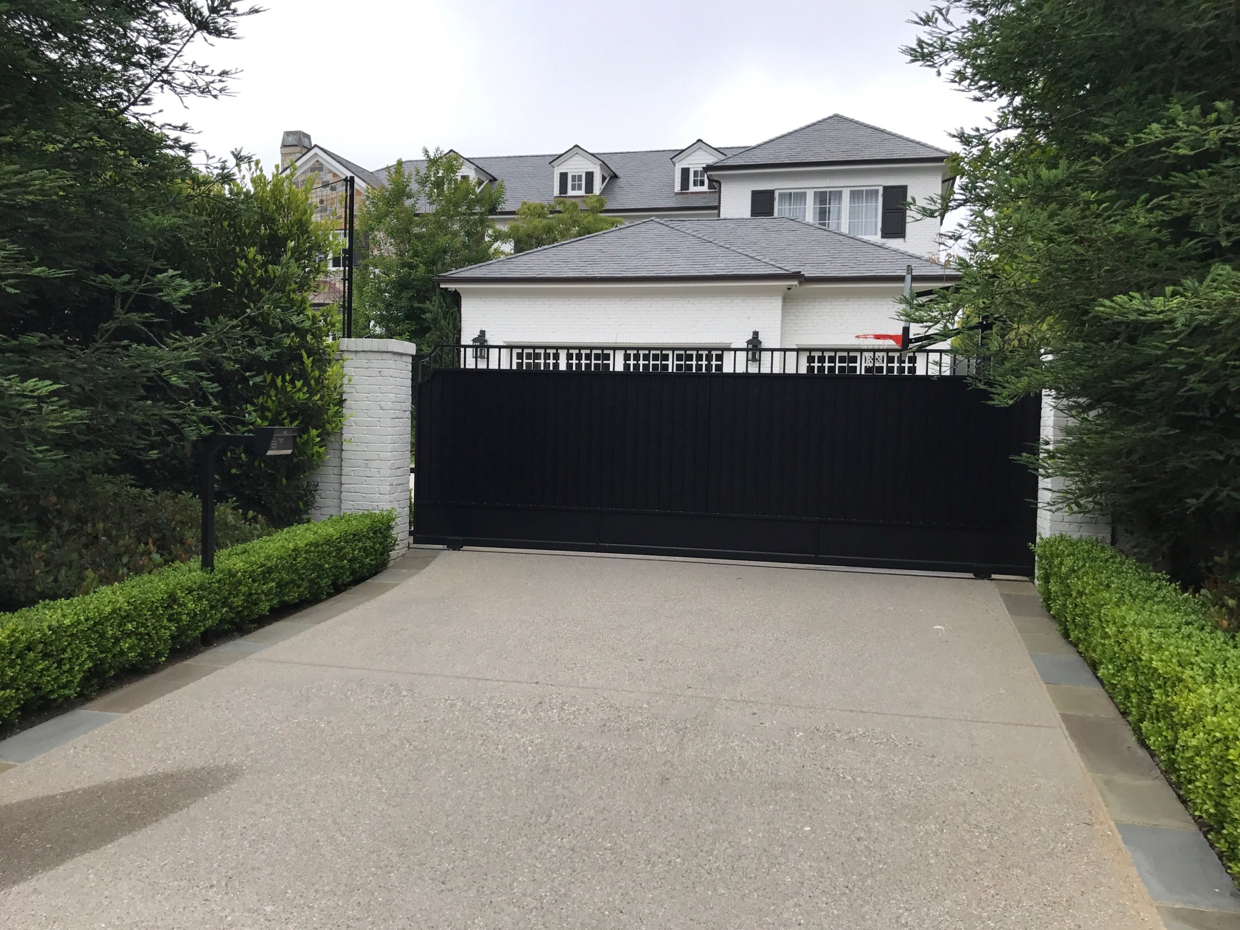 LeBron James Responds to Racist Graffiti on his L.A. Home ...