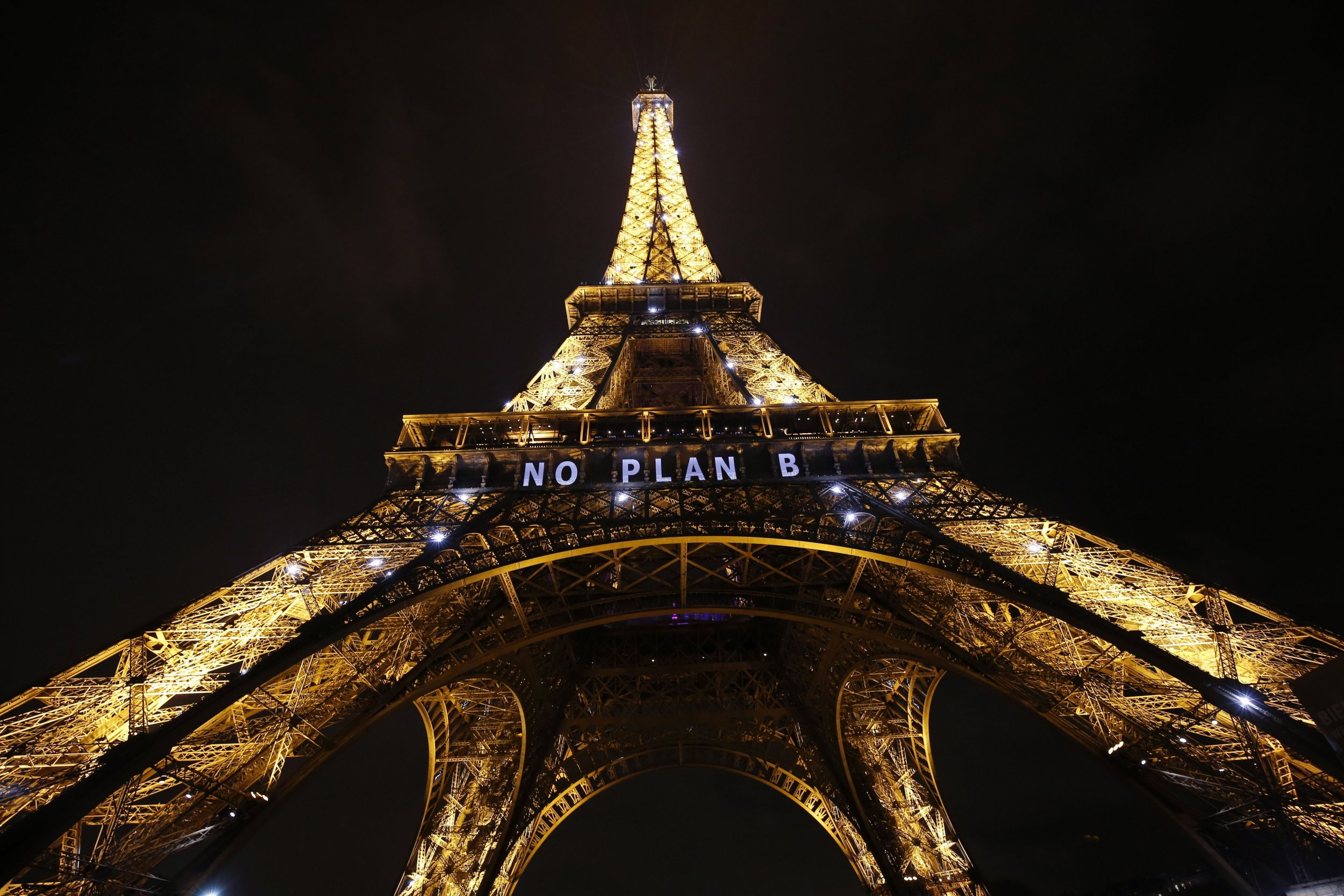 Eiffel Tower climate change
