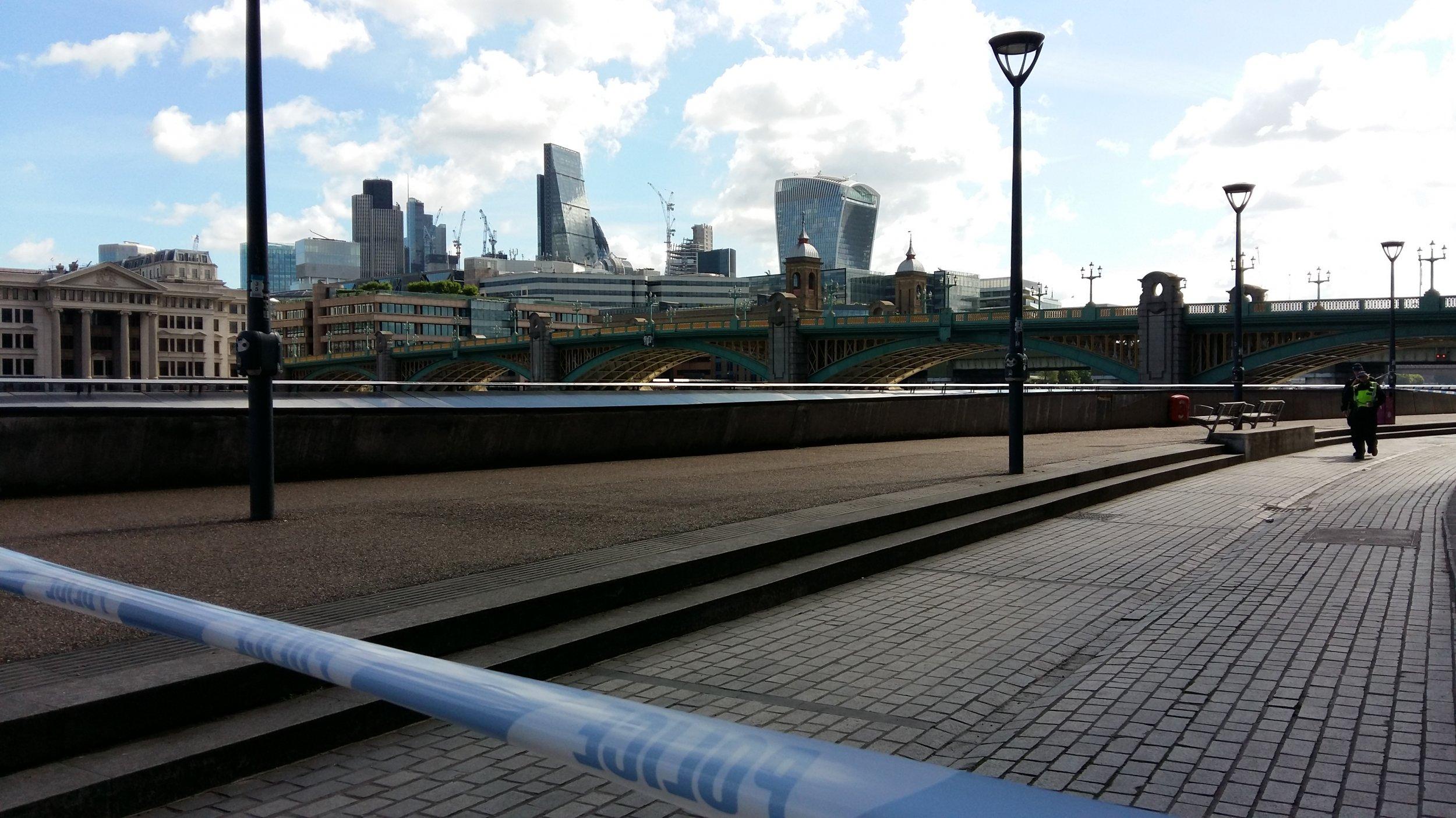London Bridge cordoned off
