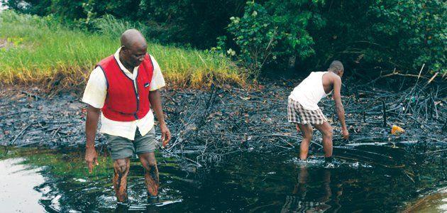 nigeria-oil-spills-ta0504-wide