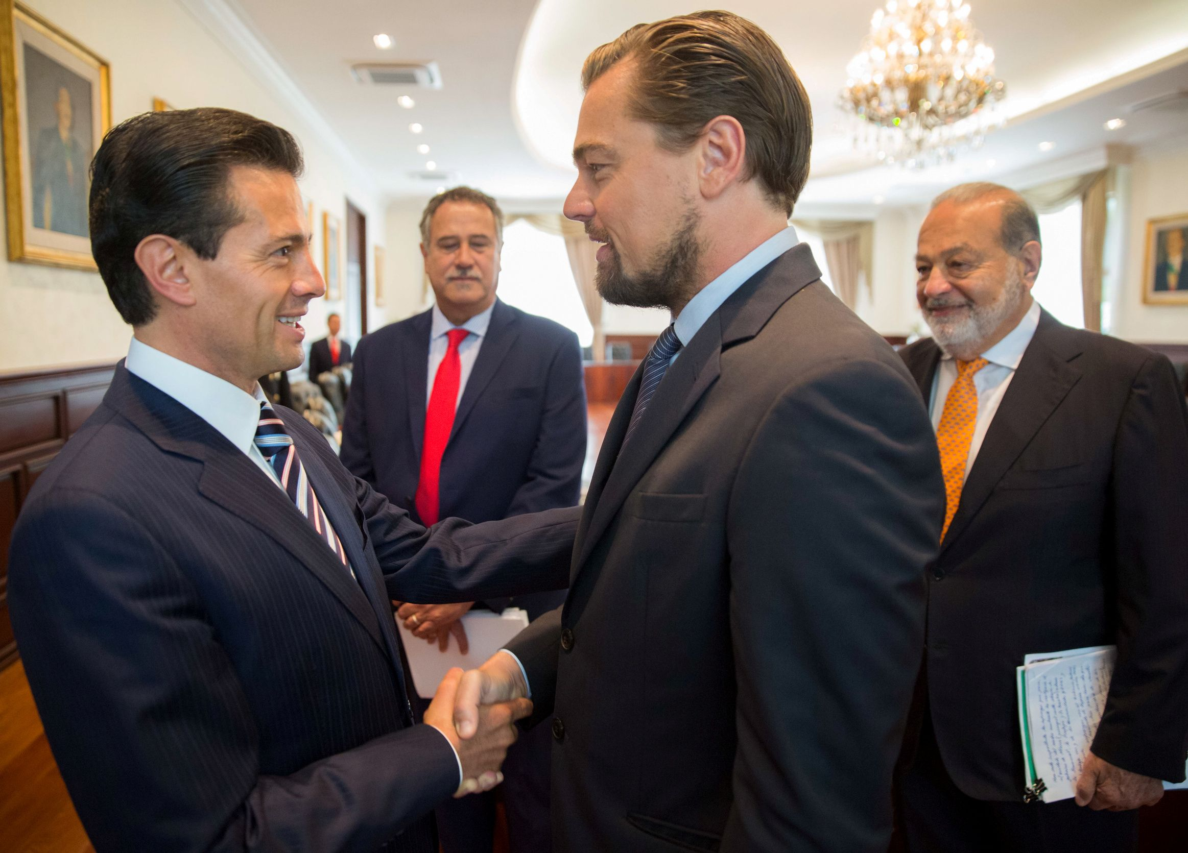 Leonardo dicaprio secures mexican presidents support in saving dicaprio vaquita 2 m4hsunfo