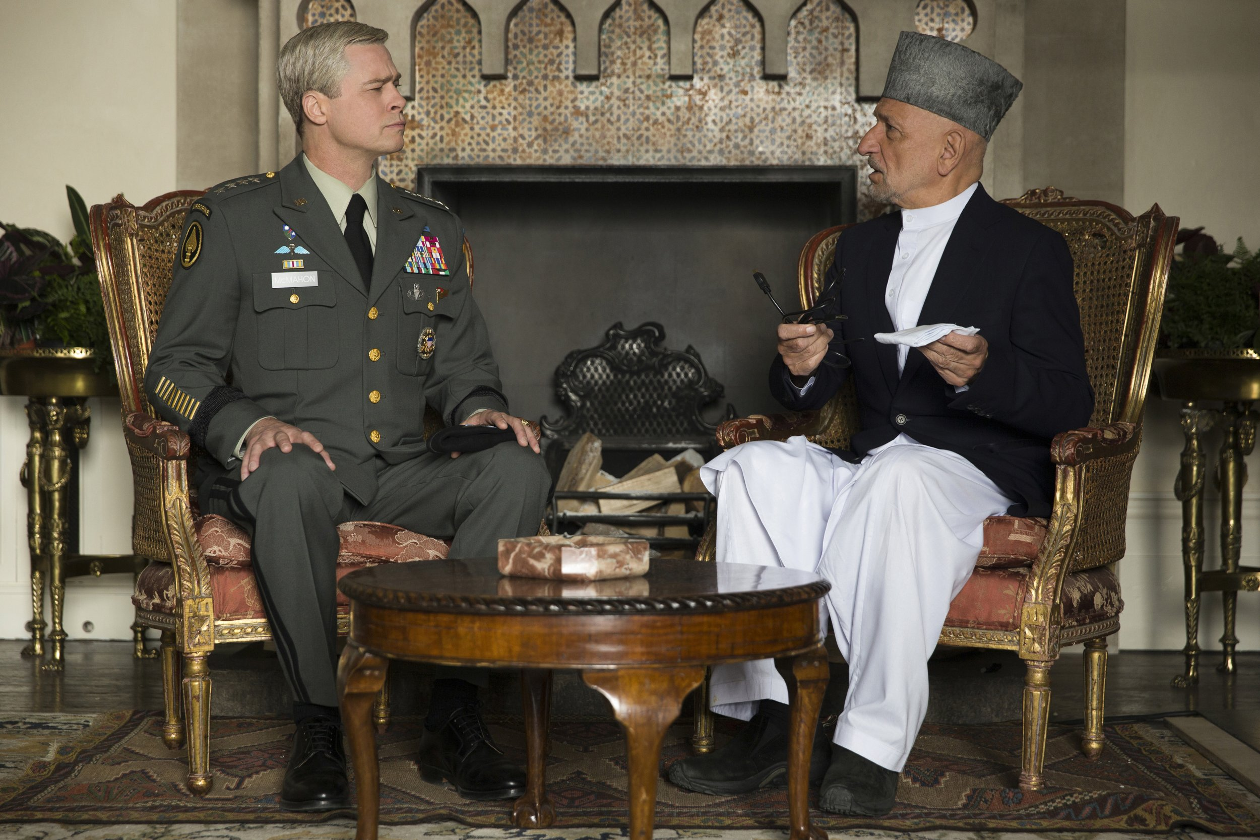 Ben Kingsley and Brad Pitt in War Machine
