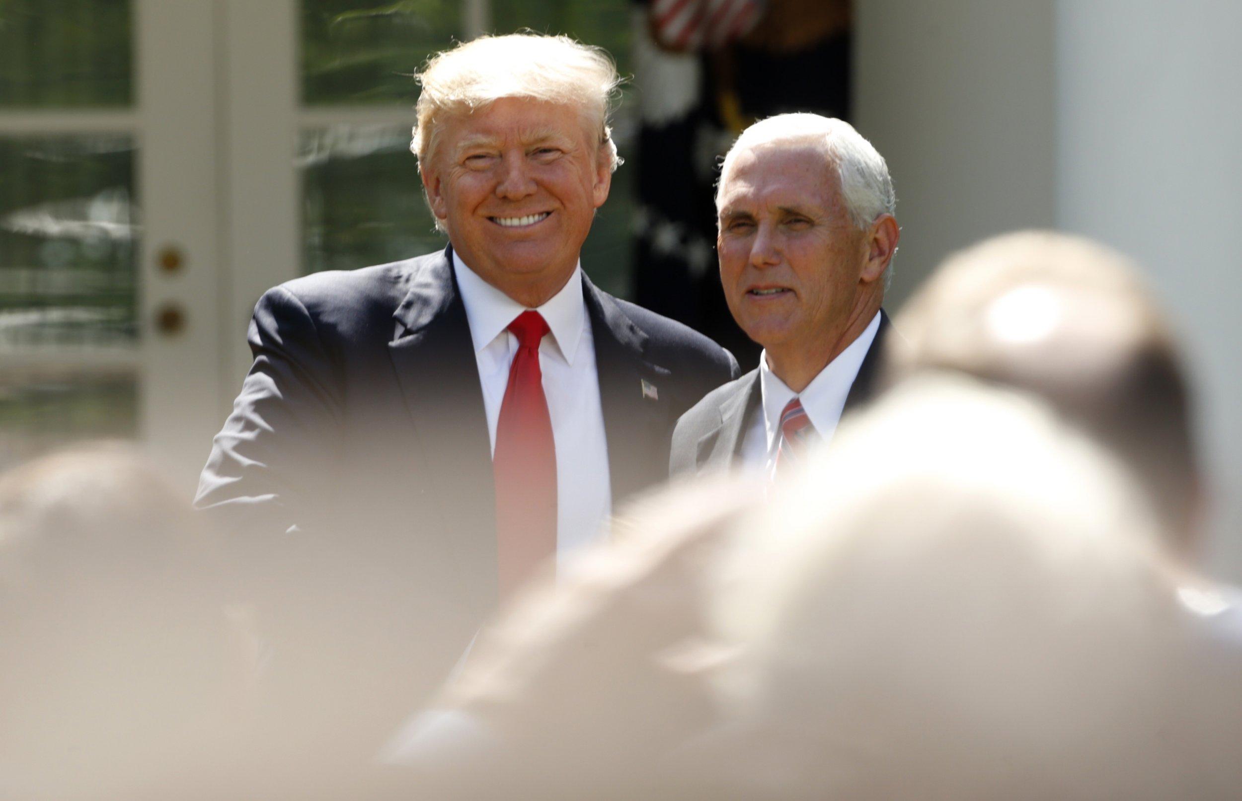 0608_Trump_impeachment_succession_01