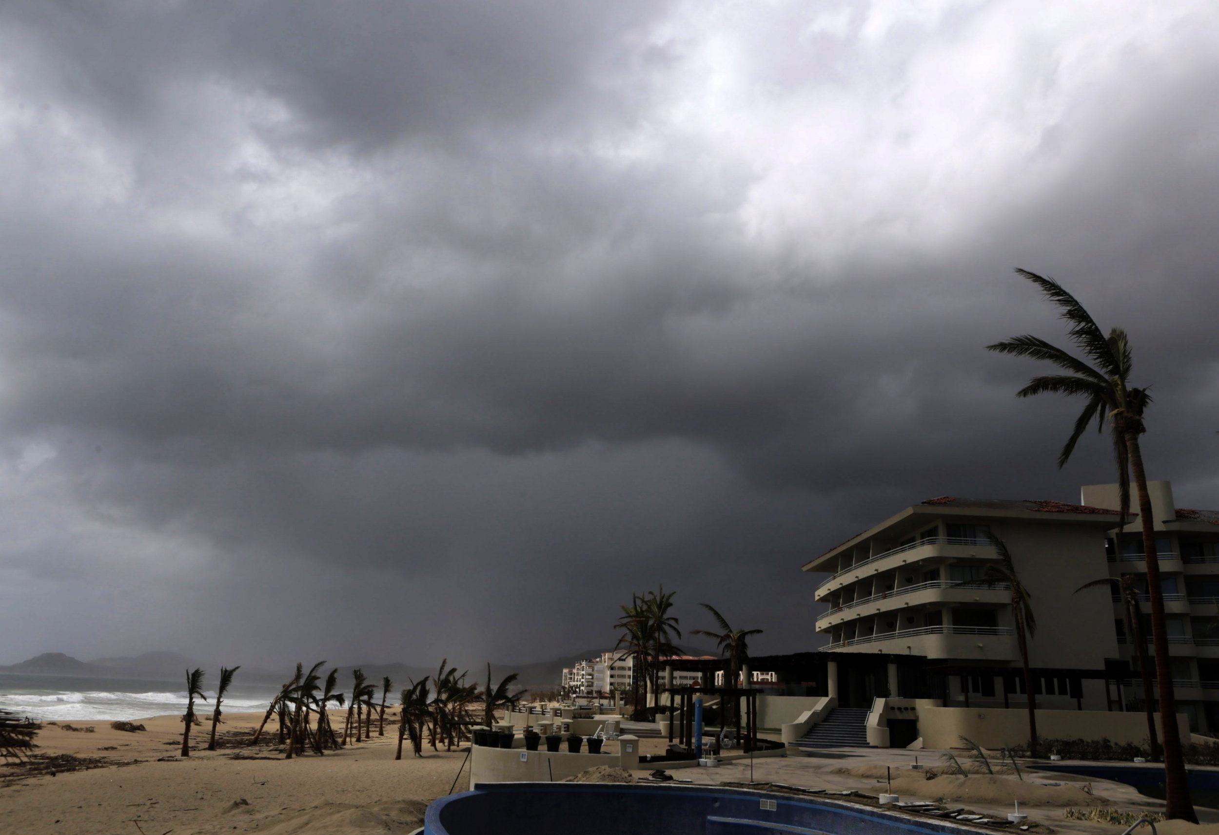 Mexico 14 bodies found in mass grave near gang plagued tourist resort in baja california sur - San jose del cabo ...