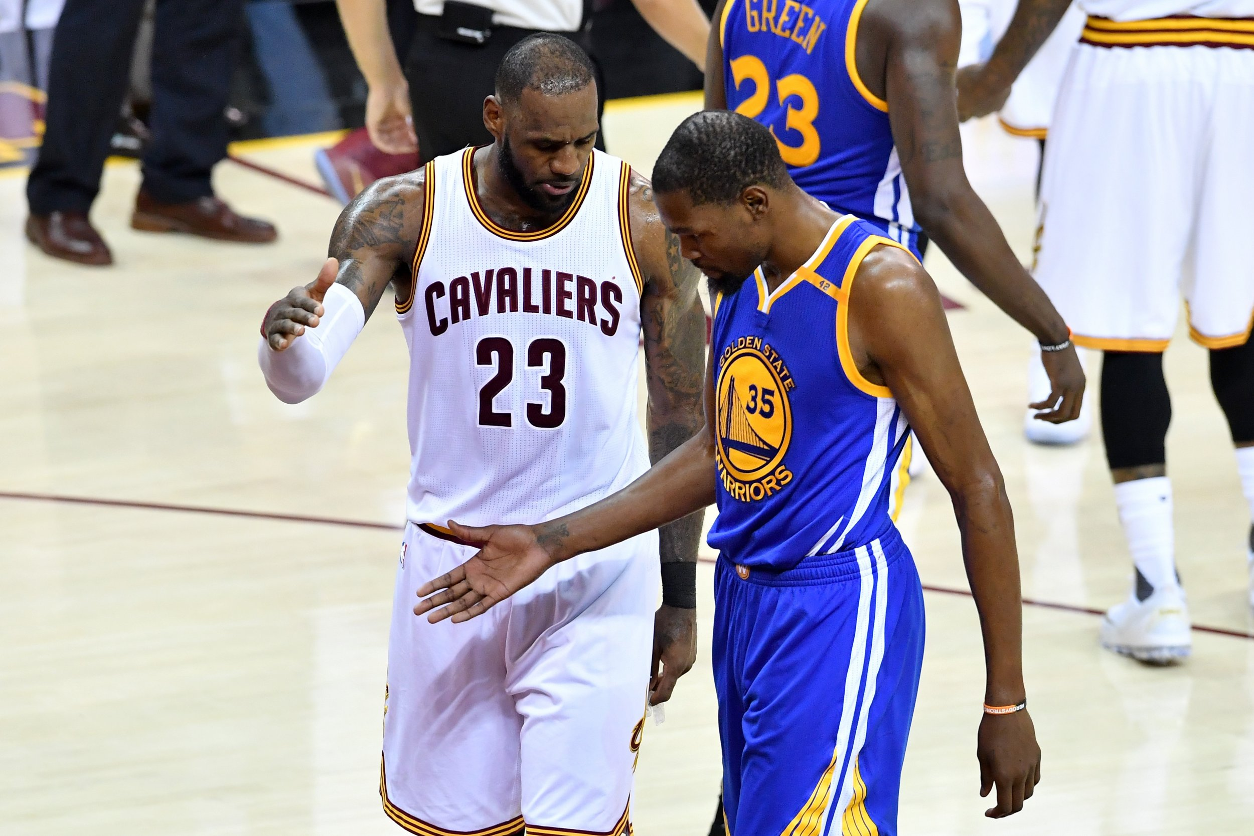 LeBron James, left, with Kevin Durant.