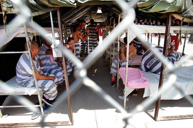 arizona-immigration-law-inmates-hsmall