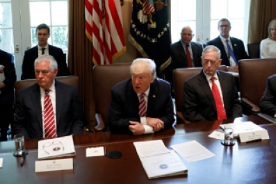 Trump holds first full cabinet meeting