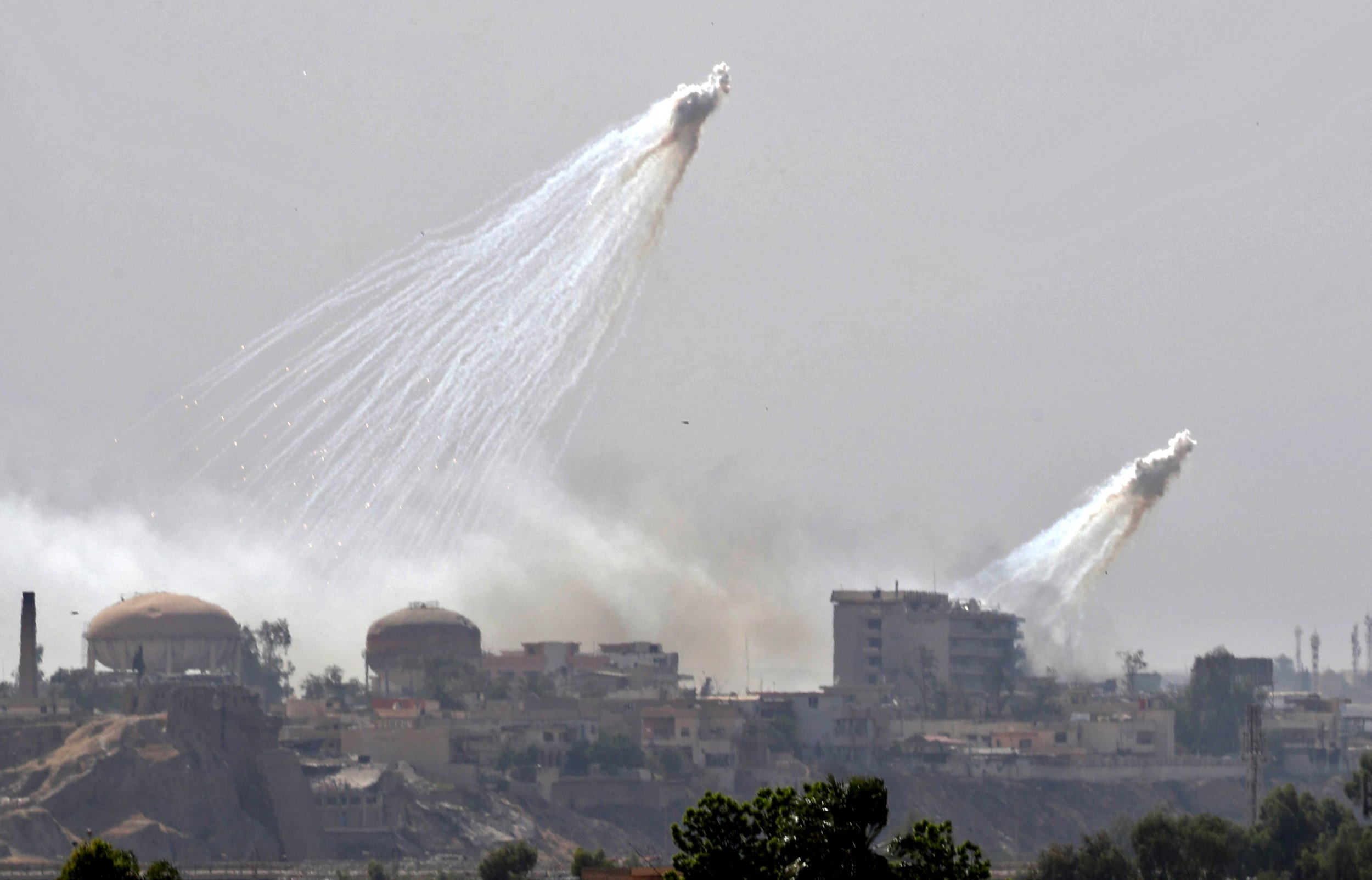 The anti-ISIS coalition is allegedly using white phosphorus, endangering civilians in Iraq and Syria