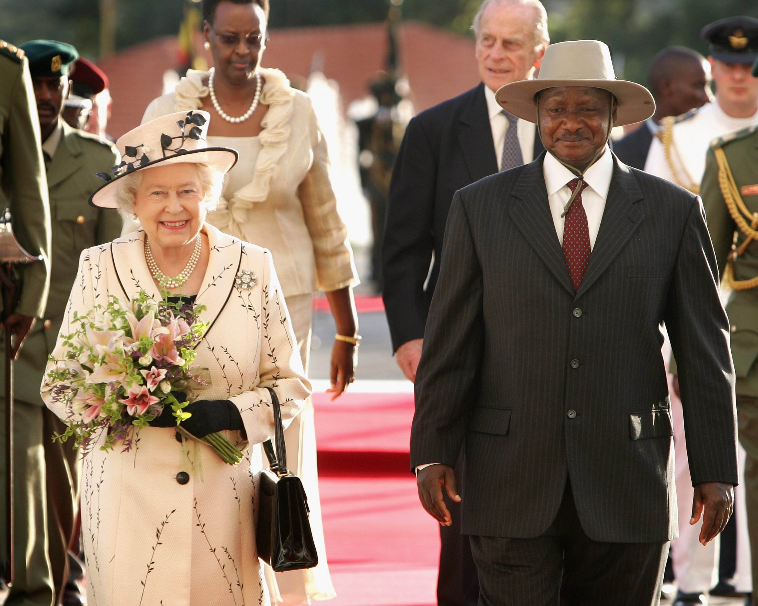 Queen and Museveni