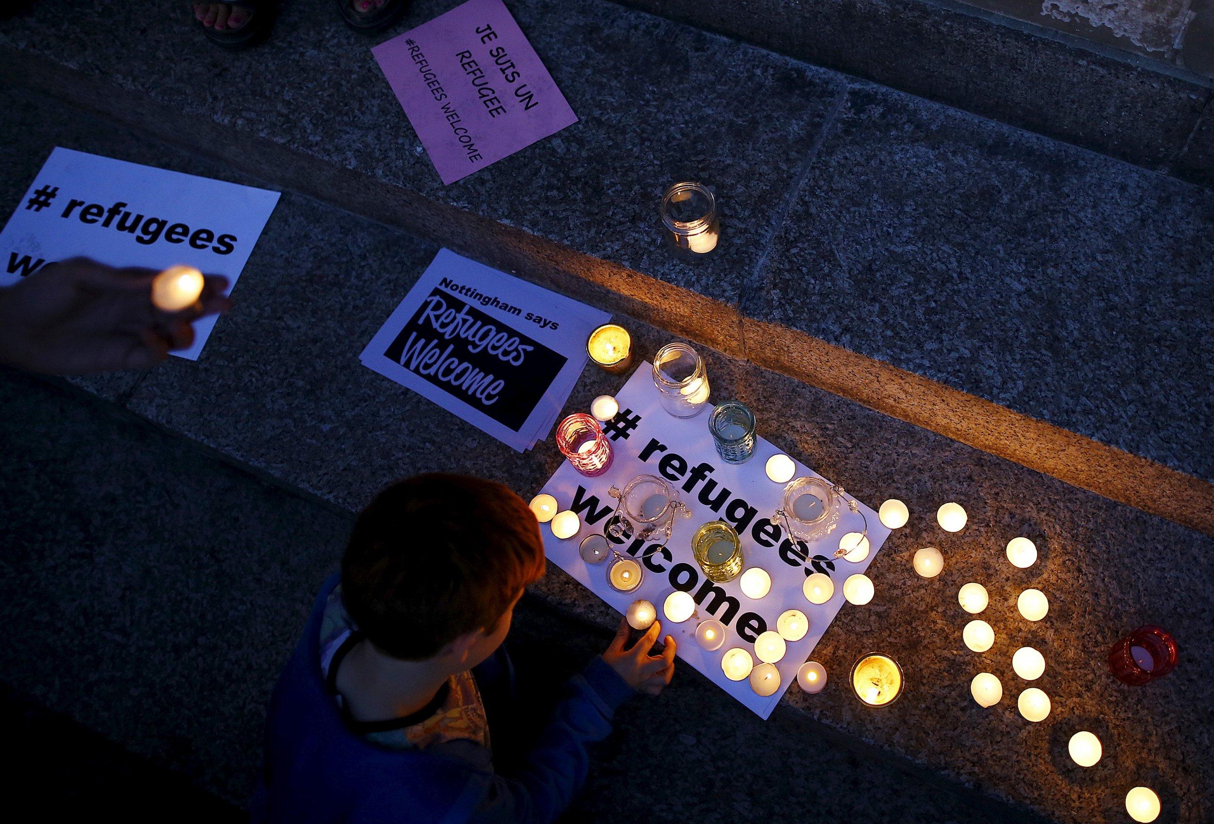 Child refugees, vigil, U.K.