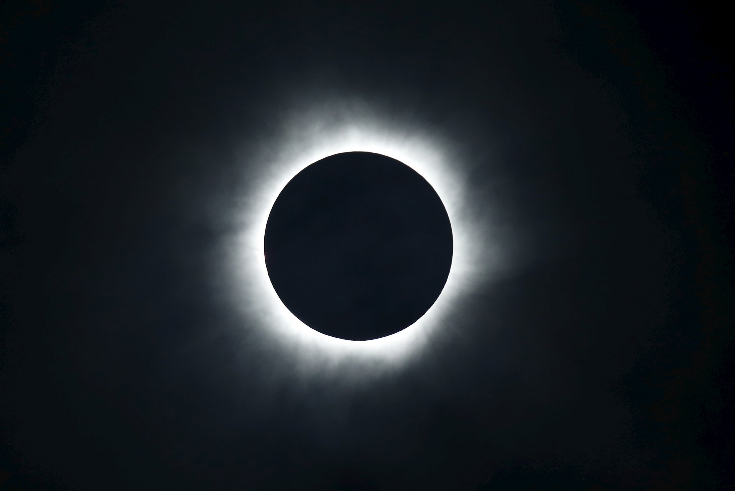 total solar eclipse 2017 how to watch on tv or live stream online if you re not in its path