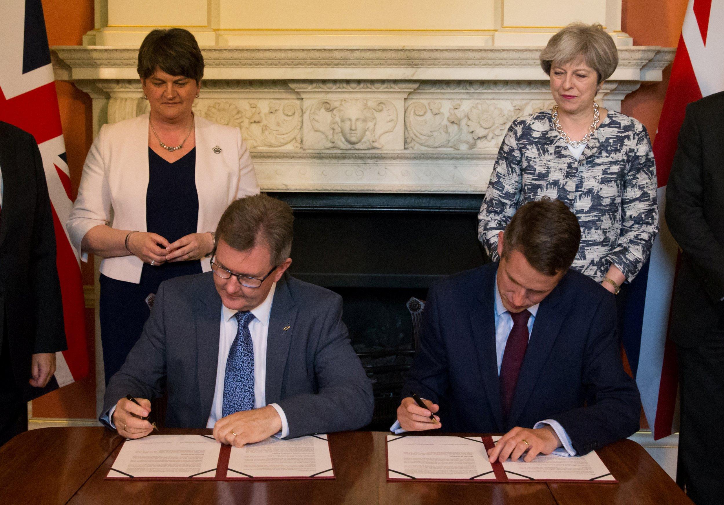 Theresa May DUP deal